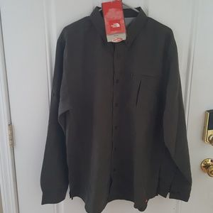 The North Face Syncline Button Down Size Large